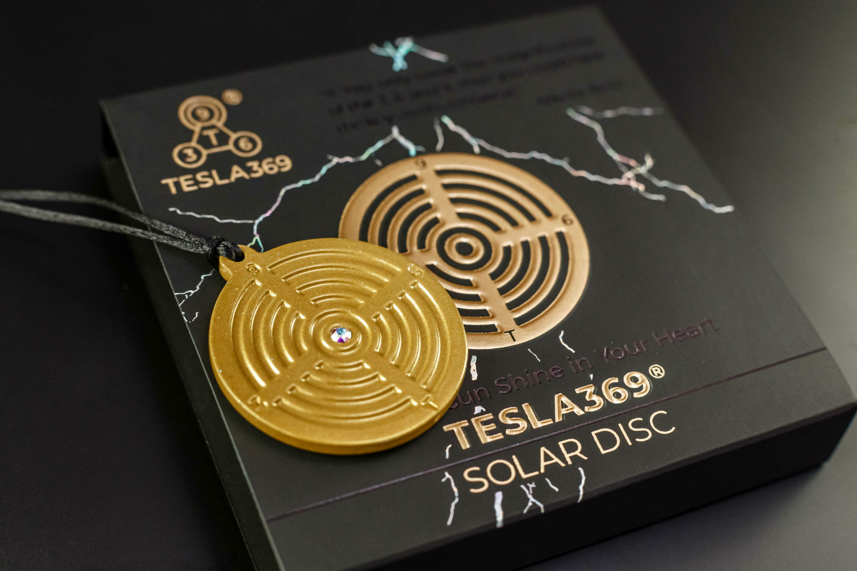 Tesla Solar Disc NEW Front on the Box 2
